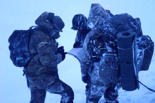 HAC troops in the snow